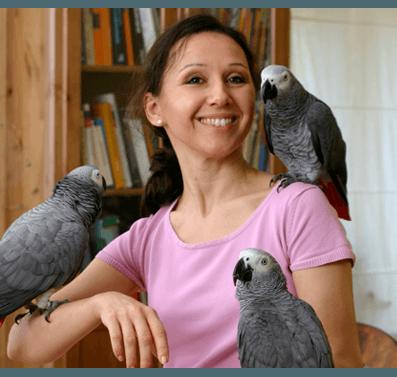 Papageienexpertin Ann Castro